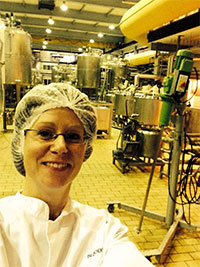 Maartje in de proeffabriek van NIZO - TekstlinQ Zwolle